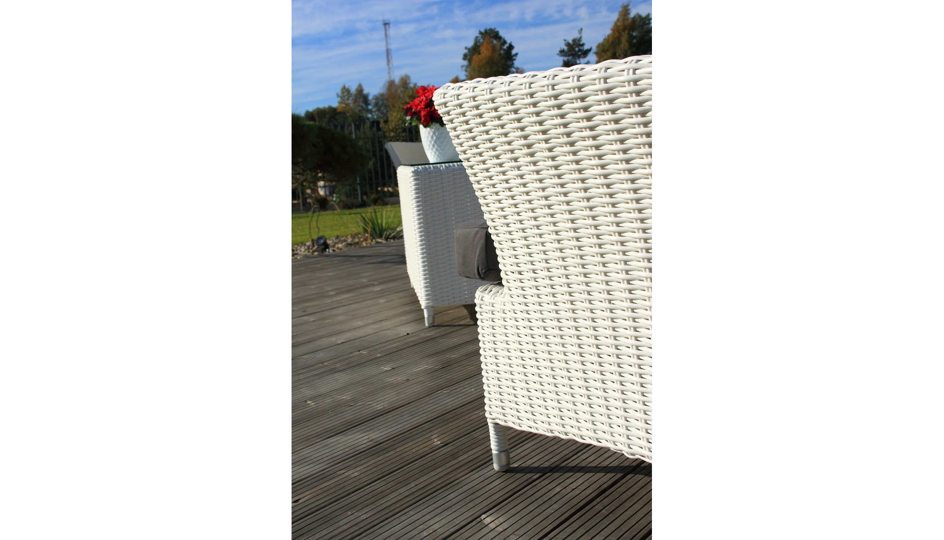 Lauko baldų komplektas White sand